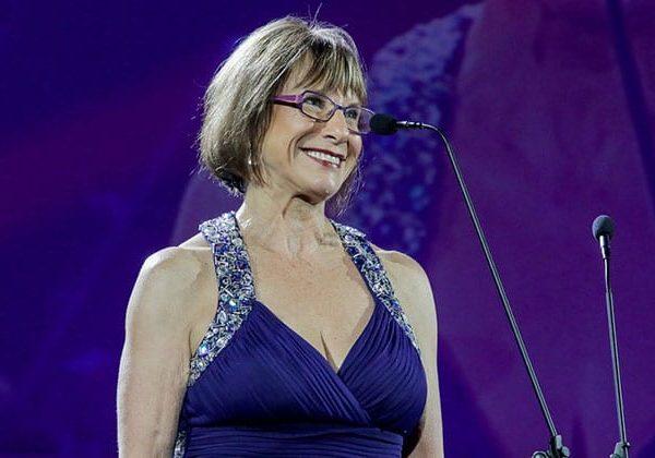 Dawn Lindberg wins SA Drama Excellence Award