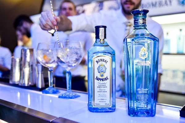 Creative Feel Bombay Sapphire Gin alcohol Cinema Nouveau