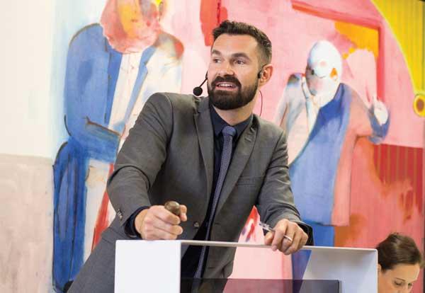 Encore Ruarc Peffers Aspire Art Auctions q&a