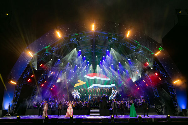 Darren Hayward musical director RMB Starlight Classics 2020